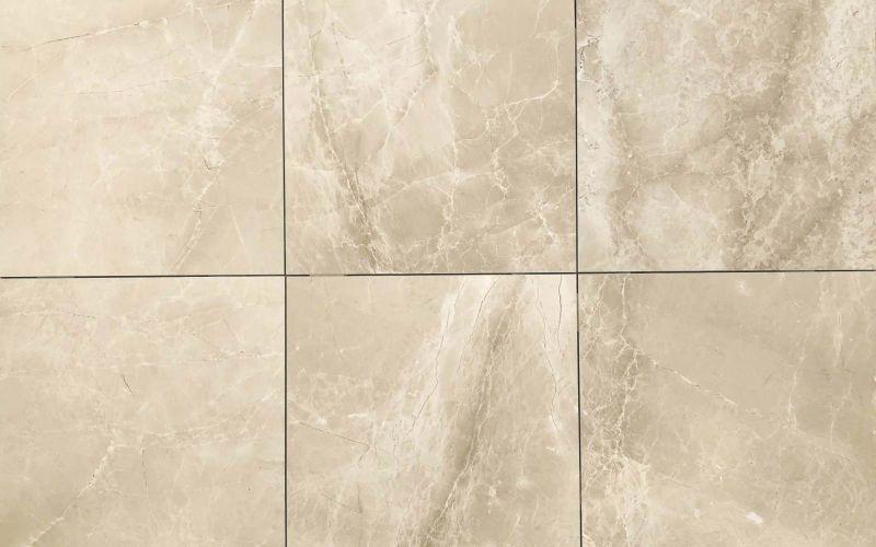 Boden und Wandfliesen aus Naturstein Marmor
